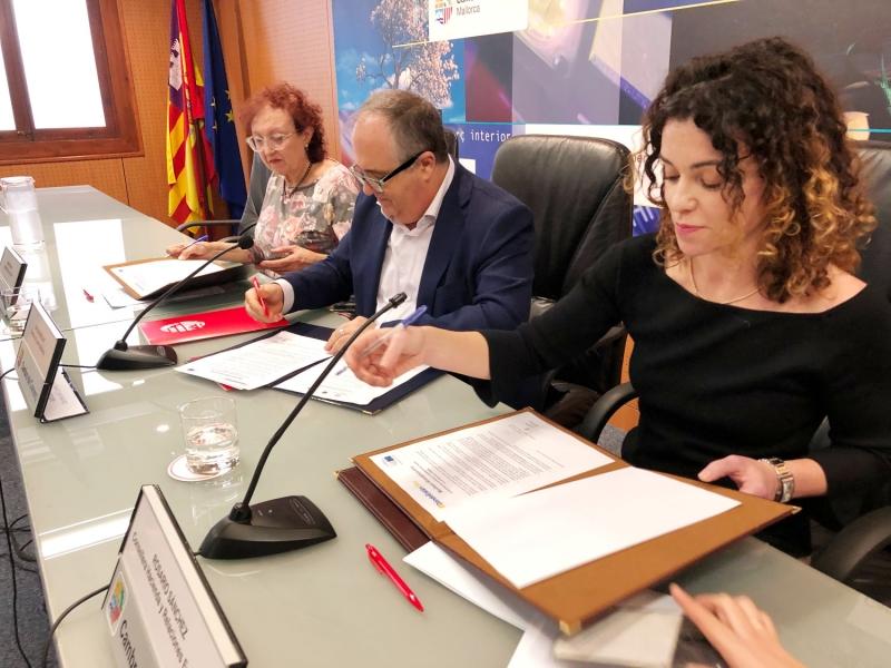 La pandemia reduce la participación de mujeres ponentes en 2020
